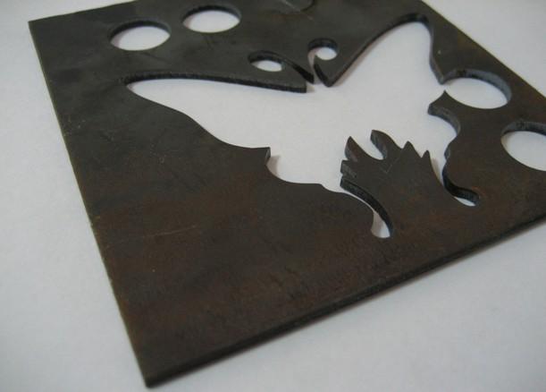 Laser cắt thép Carbon