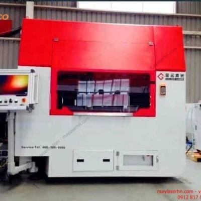 Máy Laser Fiber ST-13090DT-500W cắt tấm kim loại
